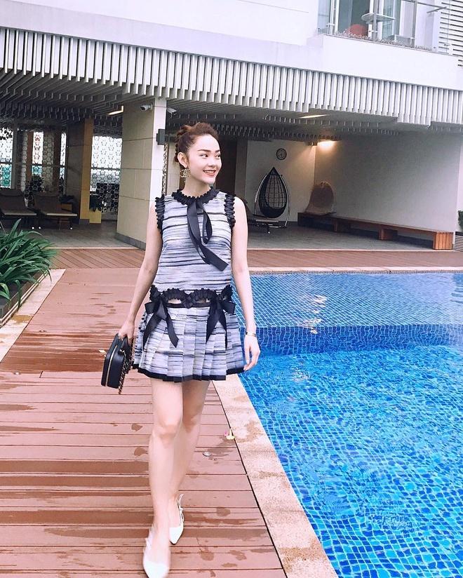 Street style sanh dieu cua huan luyen vien The Face 2018 hinh anh 7
