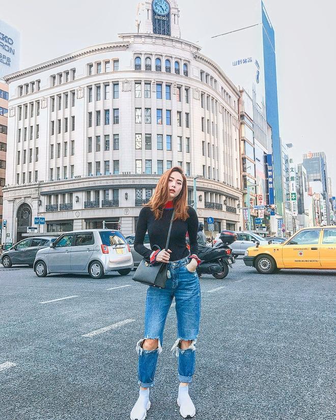Street style sanh dieu cua huan luyen vien The Face 2018 hinh anh 6