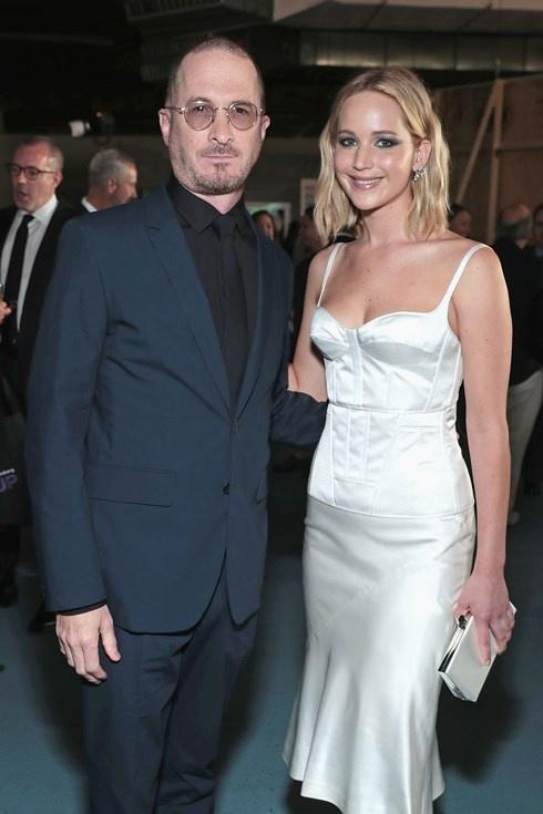 Jennifer Lawrence co ban trai moi sau khi chia tay dao dien lon tuoi hinh anh 2