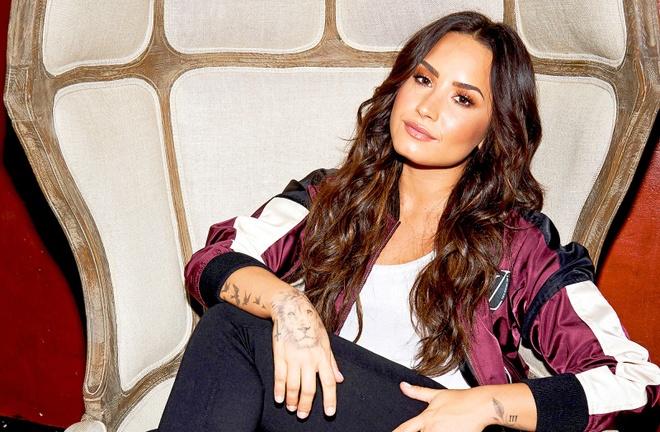 Demi Lovato va hanh trinh vuon len tu nghien ngap hinh anh