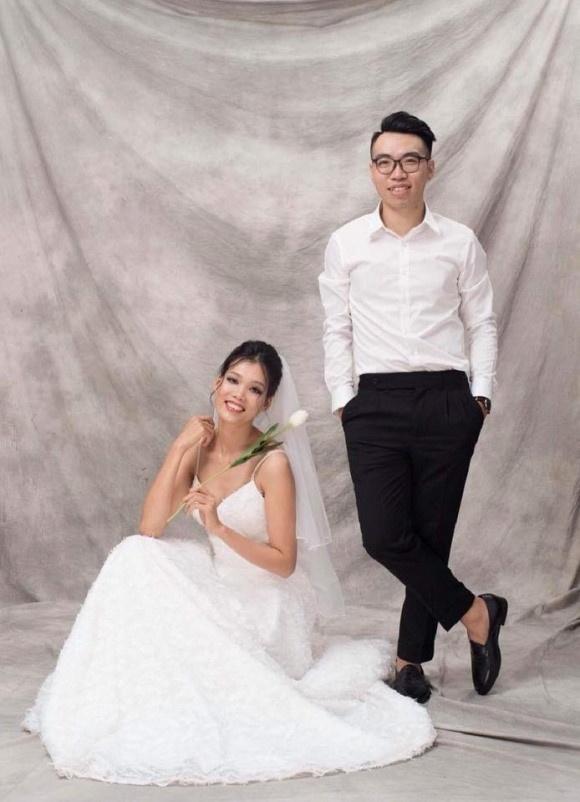 Thi sinh Next Top Model Viet len xe hoa,  sinh con anh 1
