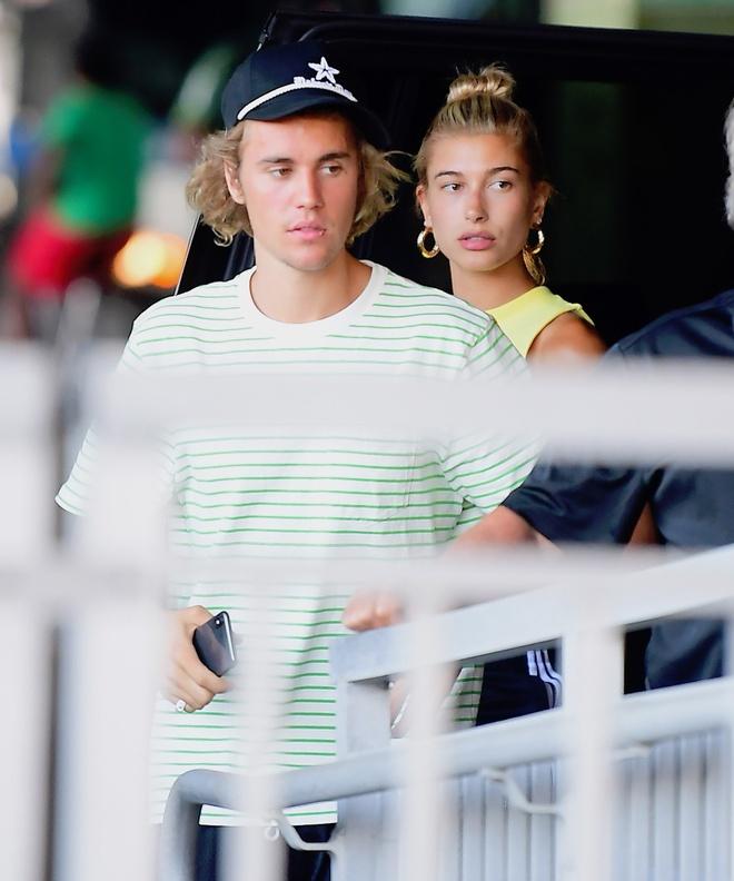 Justin Bieber cang thang sau khi ra mat gia dinh Hailey Baldwin hinh anh 3