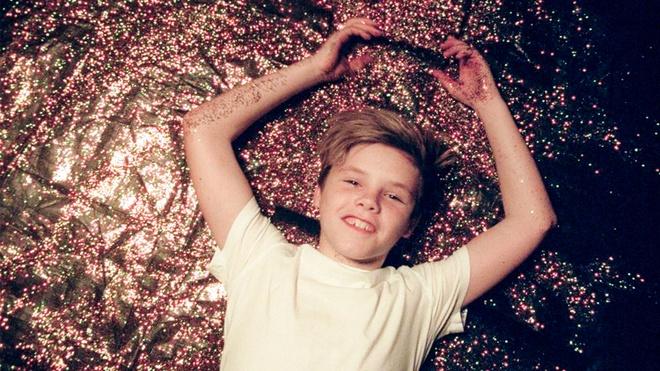 Quy tu nha Beckham: Gay tranh cai van duoc goi 'Justin Bieber thu 2' hinh anh 5