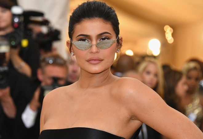 Kylie Jenner la ngoi sao duoc tra tien nhieu nhat Instagram nam 2018 hinh anh