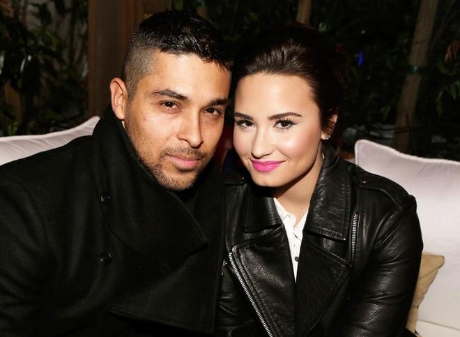 Chuyen tinh hop - tan lien tuc trong suot 8 nam cua Demi Lovato hinh anh 2