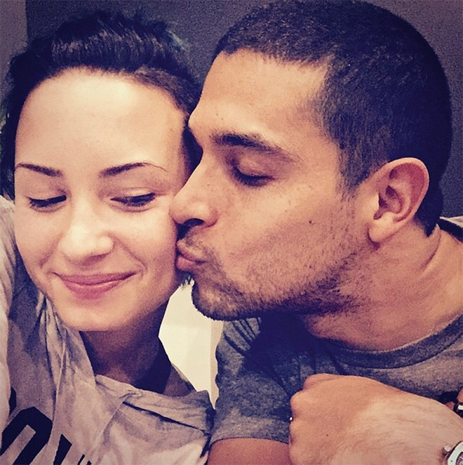 Chuyen tinh hop - tan lien tuc trong suot 8 nam cua Demi Lovato hinh anh 3