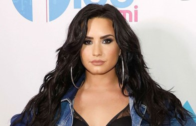 Demi Lovato lien tuc buon non, sot cao sau khi su dung ma tuy qua lieu hinh anh