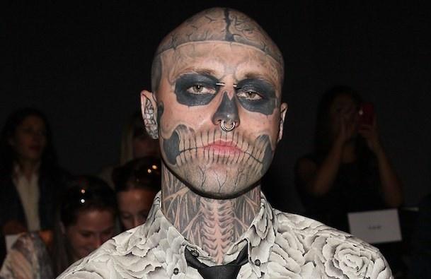 Lady Gaga xin loi vi nghi chang Zombie Boy qua doi do tu tu hinh anh 1