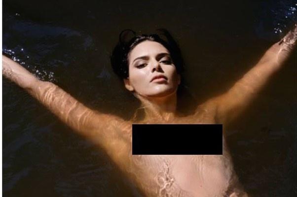 Kendall Jenner gay tranh cai vi de nguc tran chup anh hinh anh