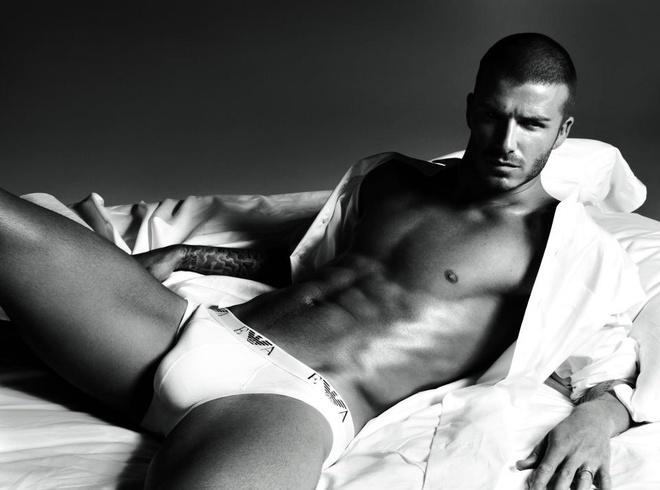David Beckham su dung chat lieu don khi quang cao noi y hinh anh 1