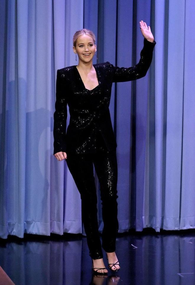 Nhung loai trang phuc khong the thieu cua Jennifer Lawrence hinh anh 6