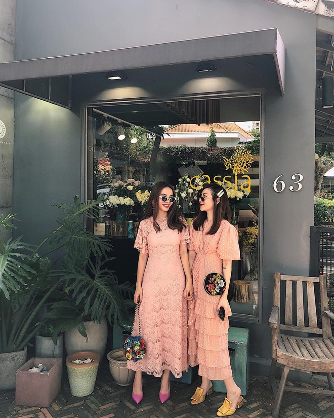 Phong cach thoi trang dong dieu cua chi em Yen Trang - Yen Nhi hinh anh 3
