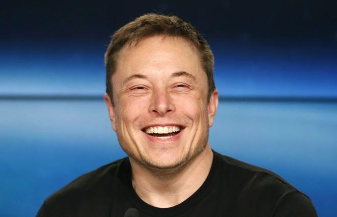 'Ty phu cong nghe' Elon Musk cong bo du an nghe thuat ngoai vu tru hinh anh