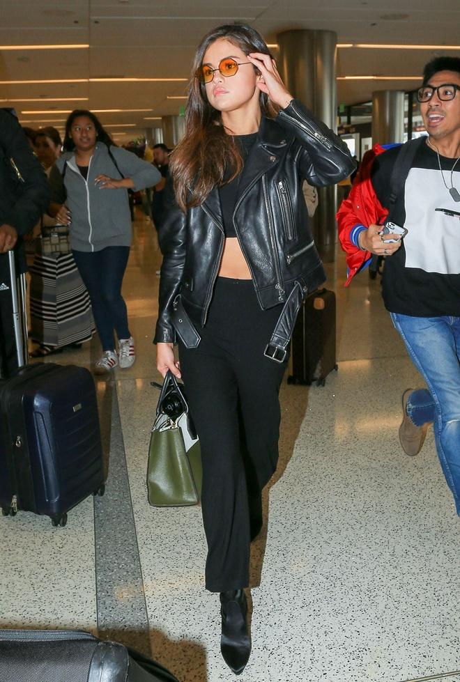 Selena Gomez mac sanh dieu the nao trong mot thang qua? hinh anh 2