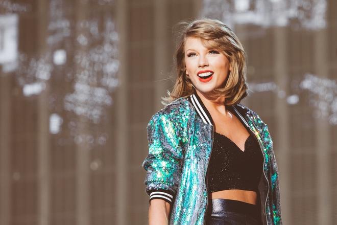 Taylor Swift va nhung hanh dong ghi diem voi nguoi ham mo hinh anh