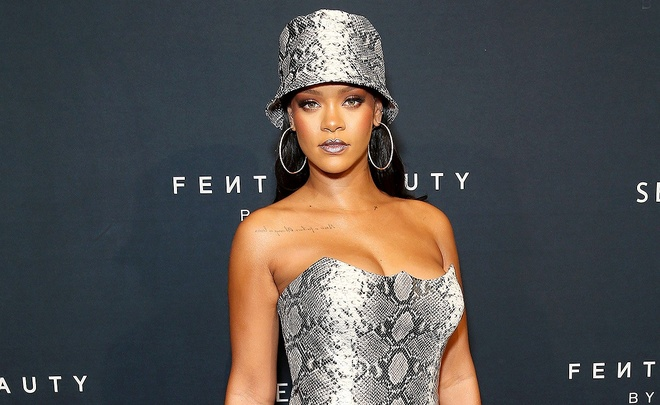 Phoi do la mat, Rihanna dan dau danh sach sao dep tuan qua hinh anh