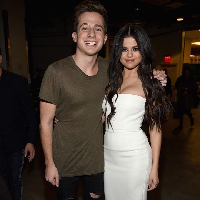 Tinh cu Selena Gomez so chet vi lam viec qua suc anh 2