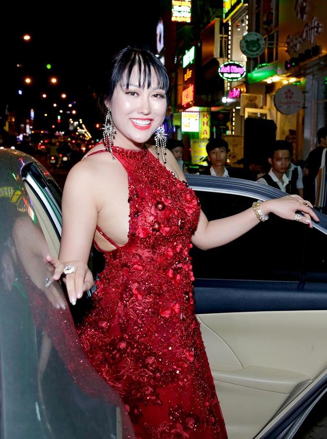 My nhan Viet tang can khong kiem soat anh 5
