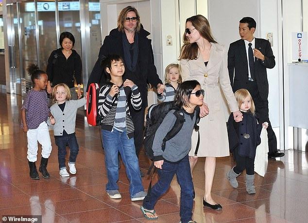 Brad Pitt va Angelina Jolie khong muon cac con ton thuong hinh anh 2