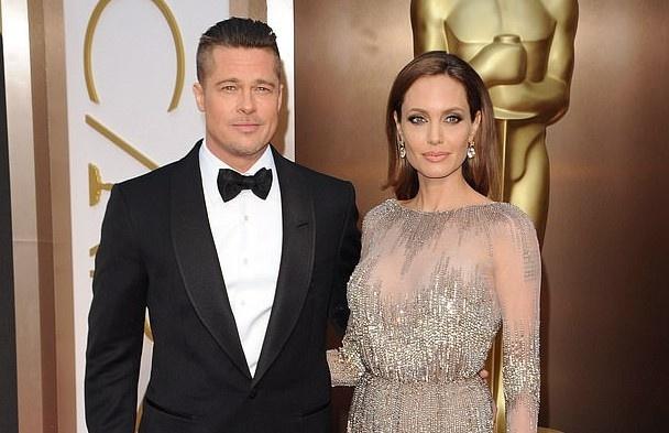 Brad Pitt va Angelina Jolie khong muon cac con ton thuong hinh anh