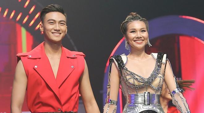 Mac Trung Kien bi nem da 'khong dang lam The Face', Thanh Hang noi gi? hinh anh
