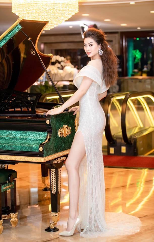 Hoa hau Phuong Khanh mac dep anh 4