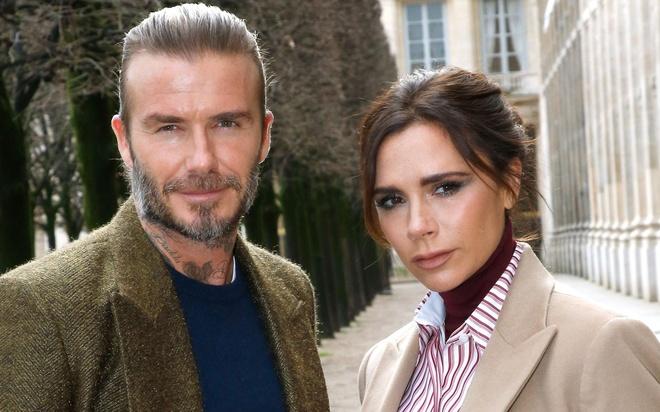 Victoria buc boi vi lien tuc bi don ly hon David Beckham hinh anh