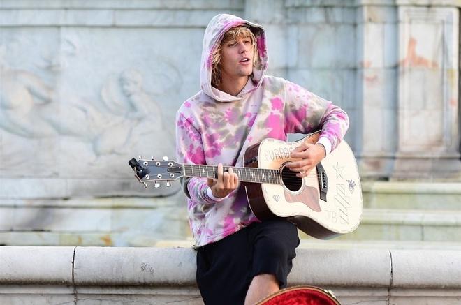 Justin Bieber chua muon quay lai voi am nhac vi cang thang hinh anh 1
