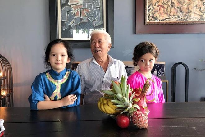 Hong Nhung don Tet hanh phuc ben hai con hau ly hon chong Tay hinh anh 2