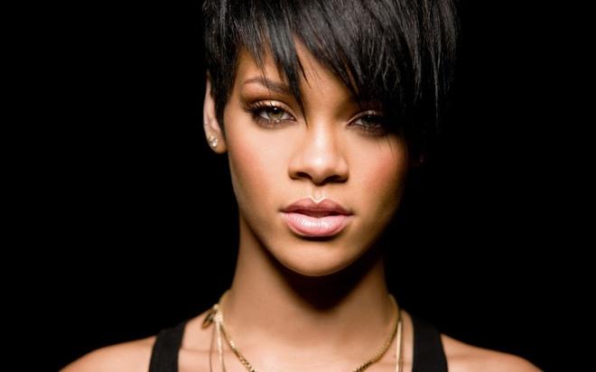 7 ban hit dinh dam lam nen ten tuoi cua ca si Rihanna hinh anh 1