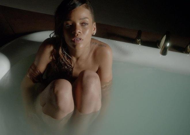 7 ban hit dinh dam lam nen ten tuoi cua ca si Rihanna hinh anh 7