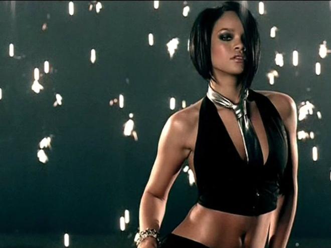 7 ban hit dinh dam lam nen ten tuoi cua ca si Rihanna hinh anh 2