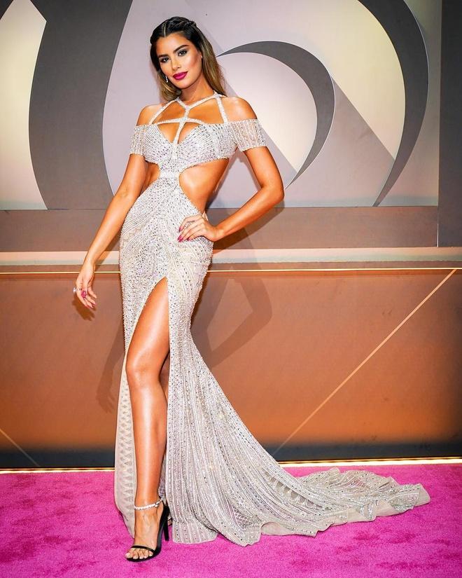 Hoa hau bi trao nham vuong mien Miss Universe 2015 tim thay hanh phuc hinh anh 1