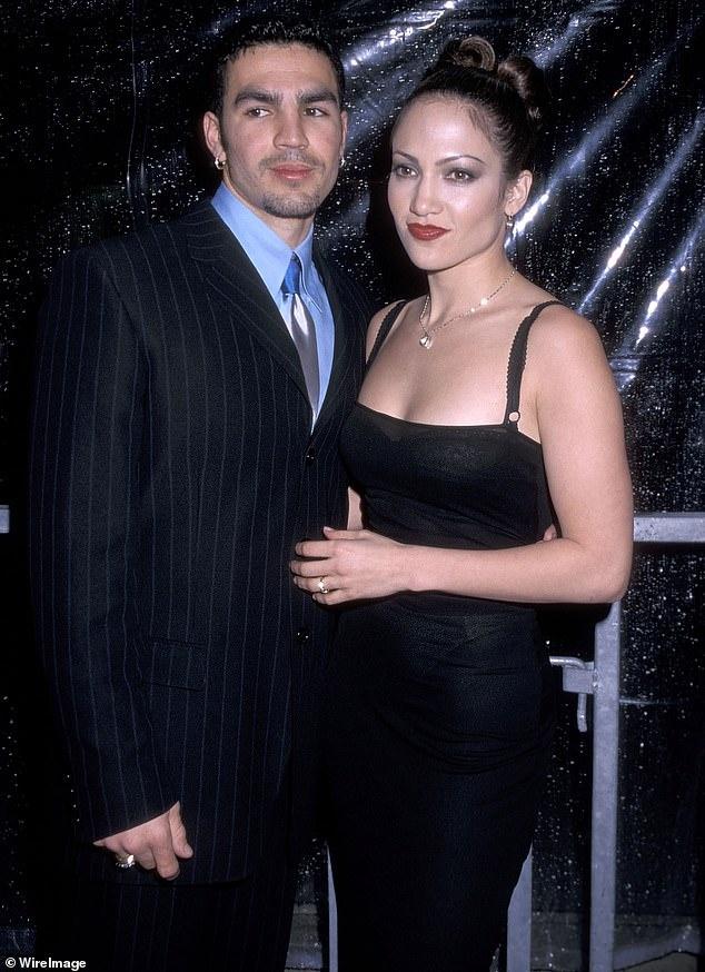 Tinh su phuc tap cua Jennifer Lopez truoc khi dinh hon Alex Rodriguez hinh anh 3