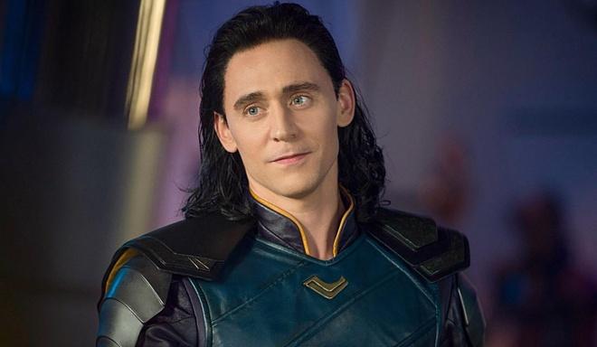 Thoi gian da tan pha nhan sac 'nam than Loki' nhu the nao? hinh anh 3