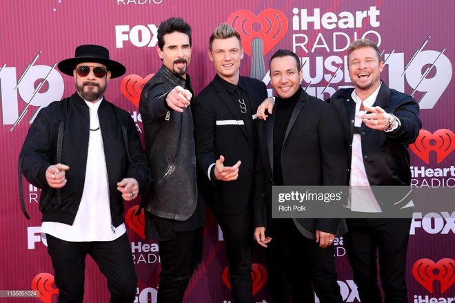 Taylor Swift, Backstreet Boys tren tham do iHeartRadio Music Awards hinh anh 7