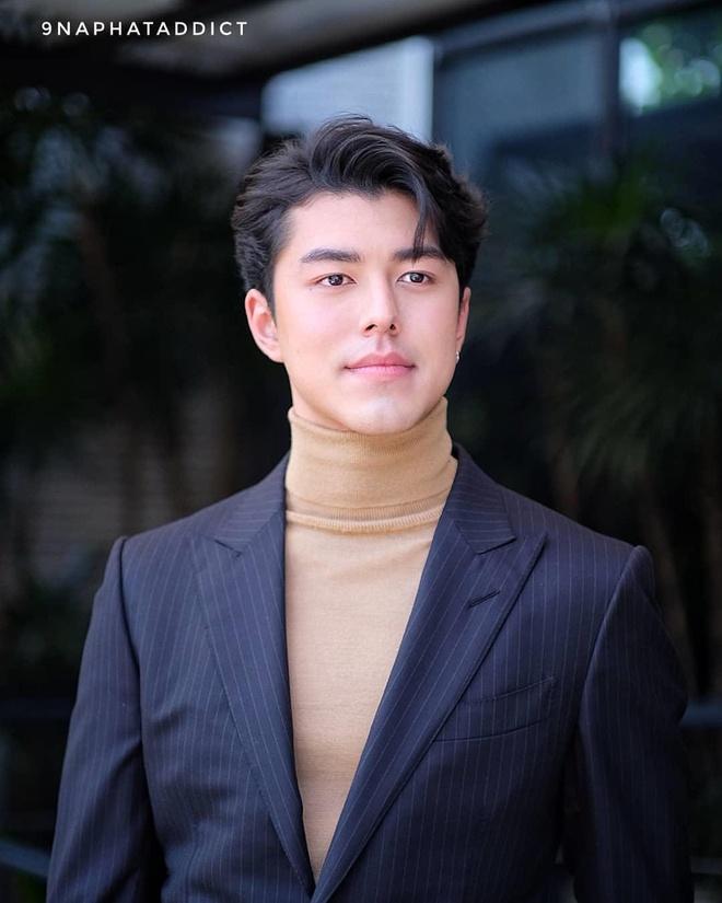 Nam chinh 'Yeu nham ban than': Dien trai, hat hay va me chup anh hinh anh 2