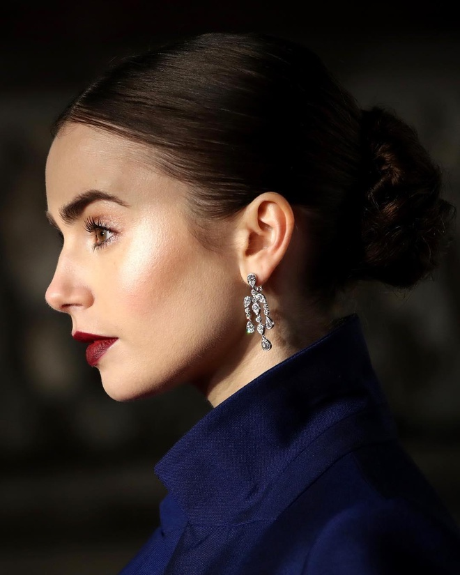 Lily Collins tuoi 30 anh 8
