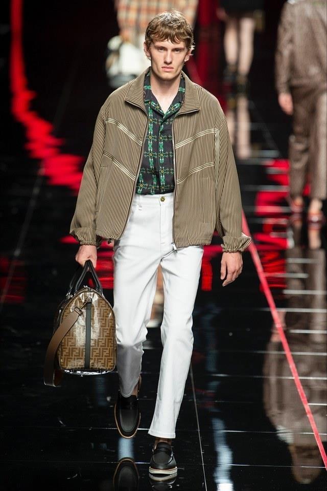 Đâu là mẫu quần jeans trắng cho nam đang lên ngôi mùa Xuân - Hè 2019?