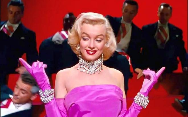 Marilyn Monroe, Elizabeth Taylor va nhung vien kim cuong huyen thoai hinh anh