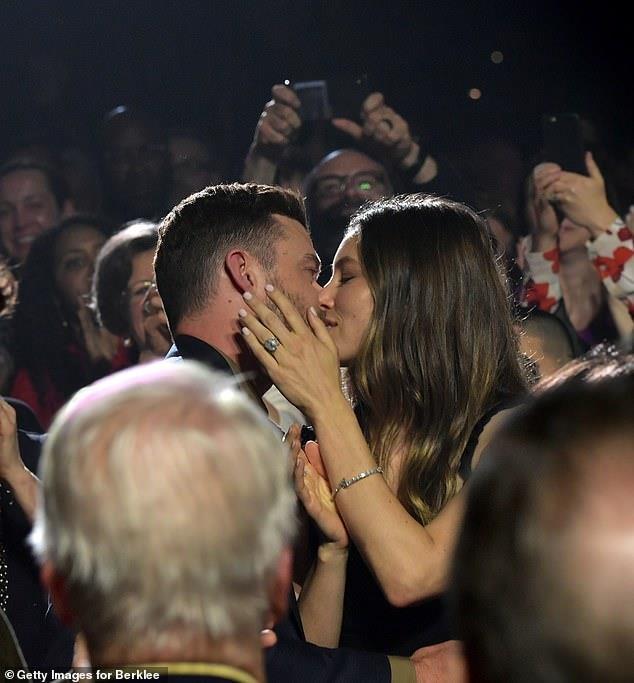 Vo chong Justin Timberlake van ngot ngao nhu luc moi yeu hinh anh 1