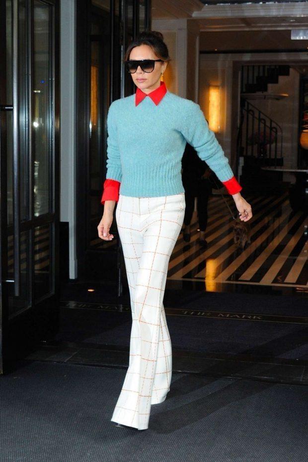 Victoria Beckham mac tre trung ben dan chan dai Victoria's Secret hinh anh 1