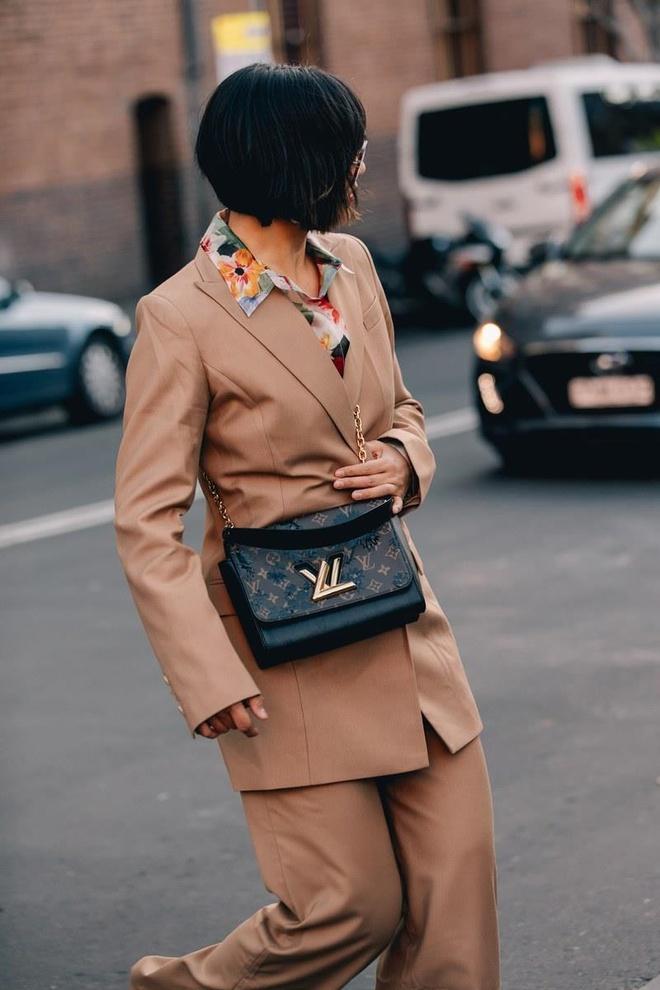 Hai mau Viet duoc Vogue khen mac dep tai Sydney Fashion Week hinh anh 5
