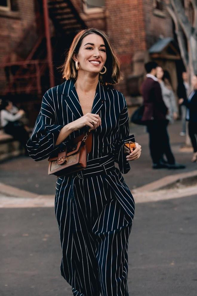 Hai mau Viet duoc Vogue khen mac dep tai Sydney Fashion Week hinh anh 7