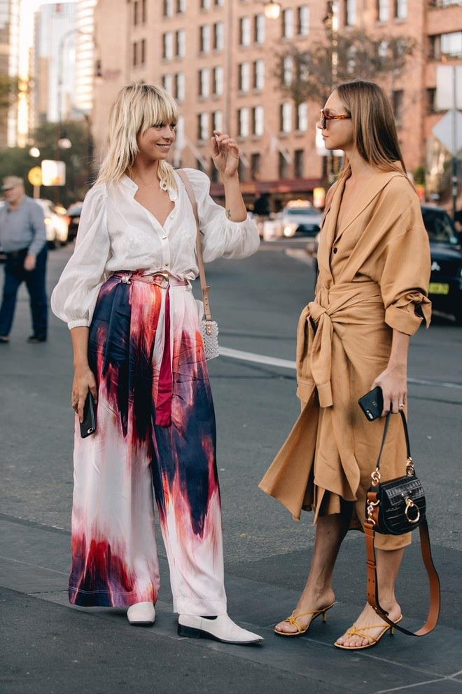Hai mau Viet duoc Vogue khen mac dep tai Sydney Fashion Week hinh anh 3