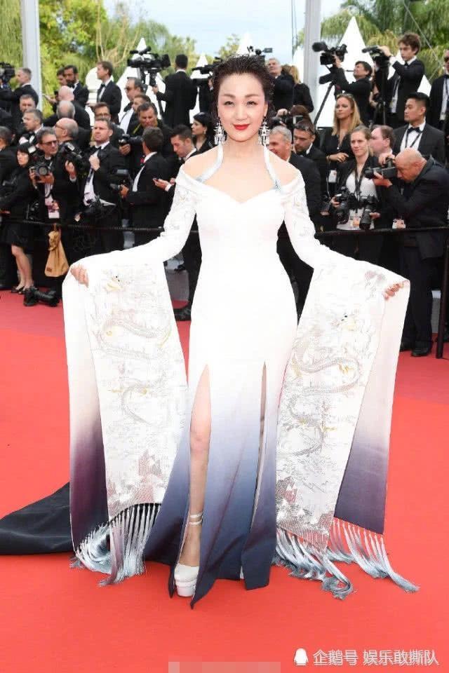 tham hoa thoi trang Cannes anh 5