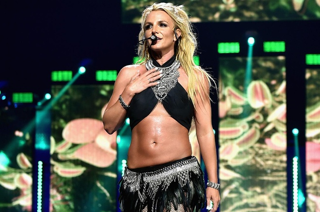 ca si Britney Spears giai nghe anh 2