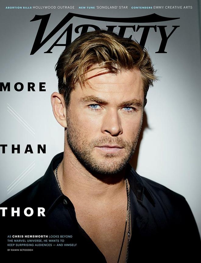 'Than sam' Chris Hemsworth phong tran tren bia tap chi hinh anh 1