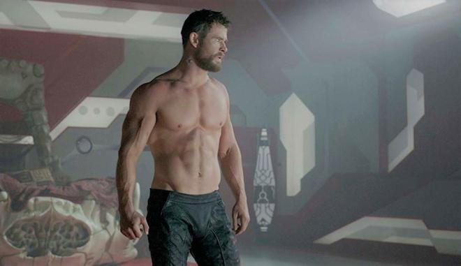 body vam vo cua Chris Hemsworth anh 2