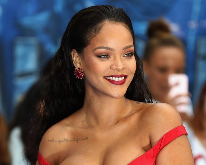 Rihanna vuot Madonna, tro thanh nu ca si giau nhat the gioi hinh anh 1
